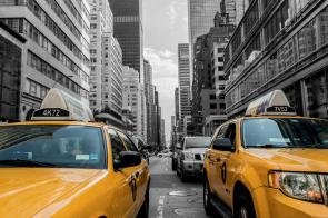 yellow-cabs-in-new-york