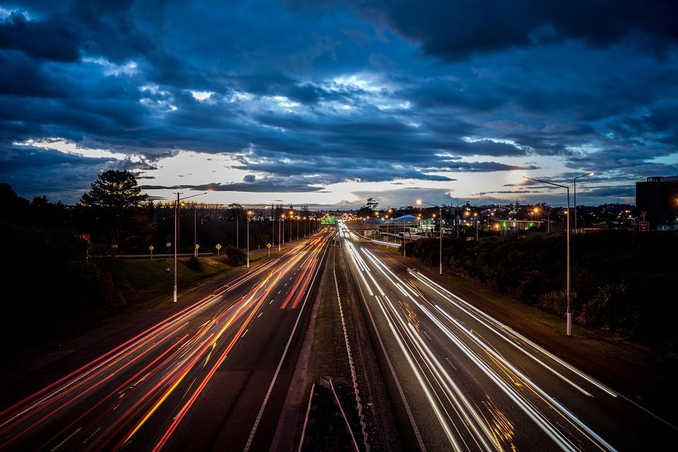 motorway-1033322_960_720