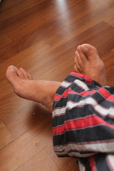 feet-199551_960_720