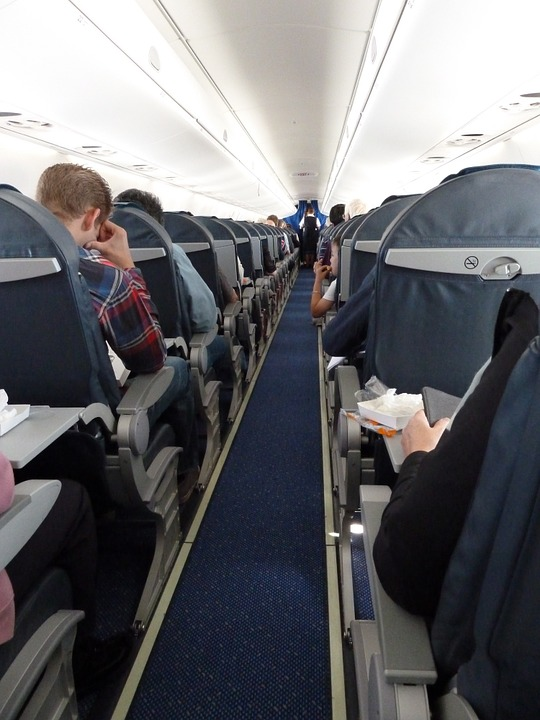 aircraft-608064_960_720