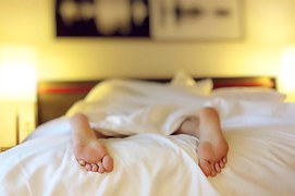 sleeping-1159279__180