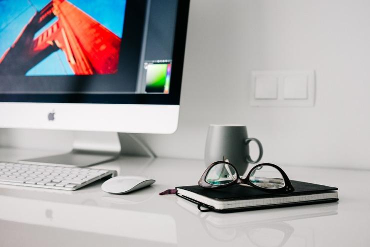 office-820390_960_720