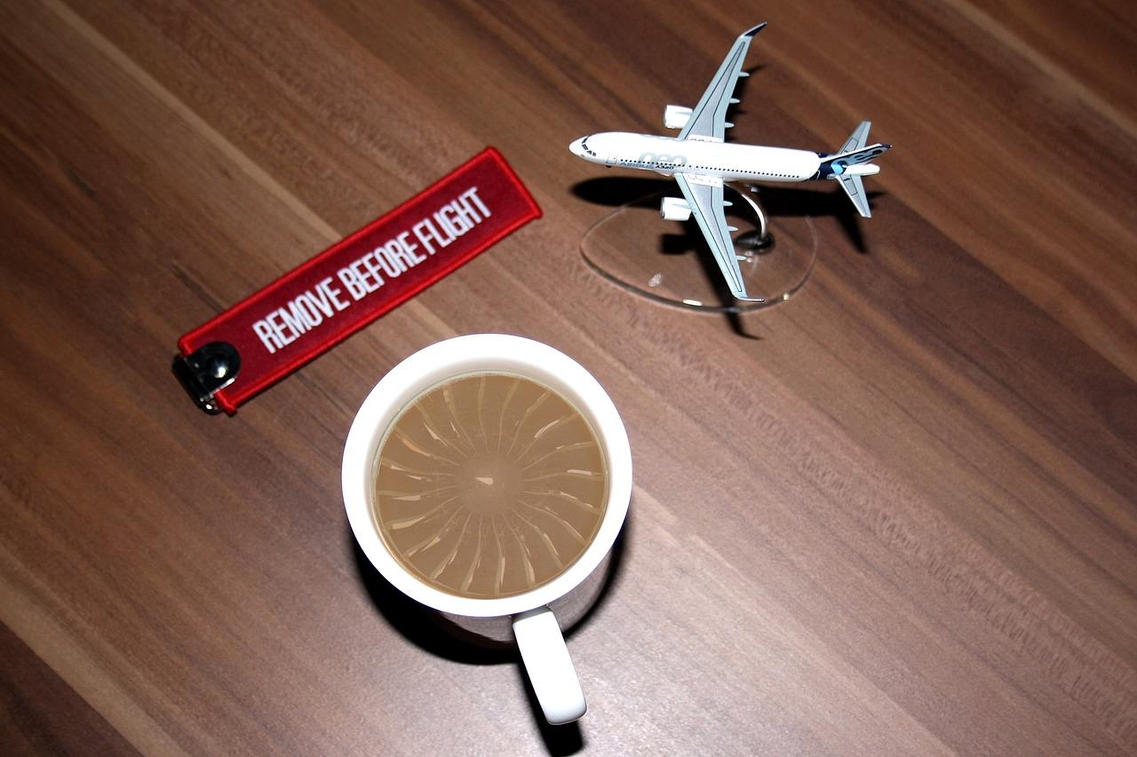 aircraft-2228134_1280