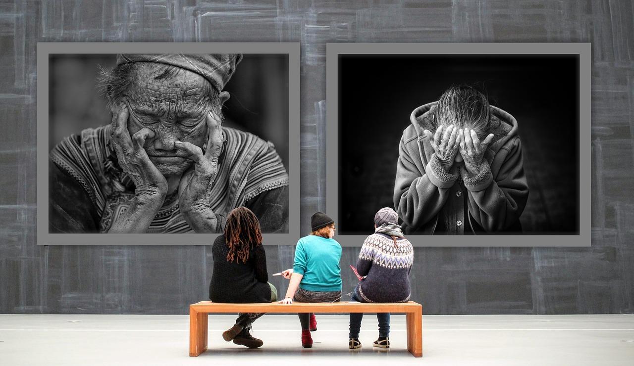 gallery-2932005_1280.jpg