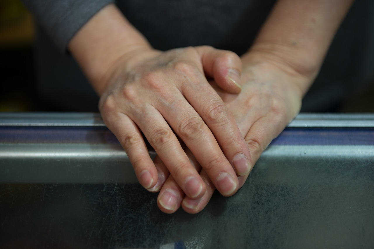 hand-3518542_1280